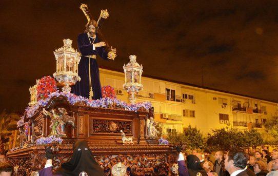 23/03/2013. SEVILLA. COFRADIA DEL PARQUE ALCOSA. FOTOS: JESUS SPINOLA. ARCHSEV